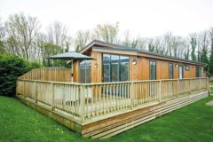 New Model Review: Otter Luxury Lodge